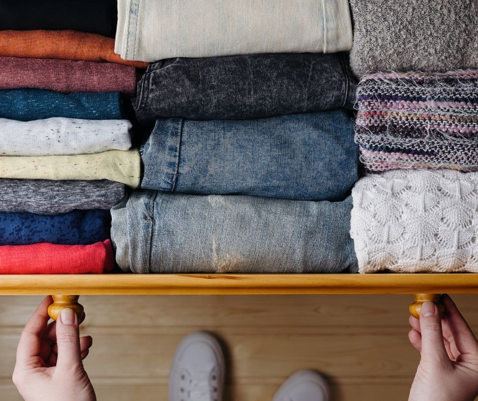 9 Easy Clothing Hacks That Will Save You A Lot of Money