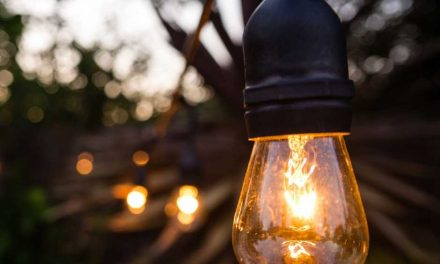 5 Tips on Installing Outdoor Lighting