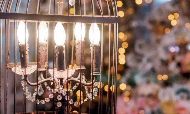 9 Easy Ways to Use Lights in Decorating Your Home