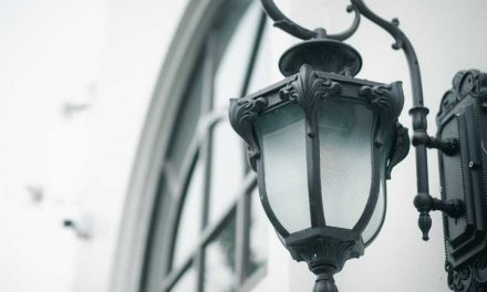 5 Outdoor Light Fixtures to Make Your Outdoors Functional and Stylish